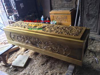 Quan tài gỗ vàng tâm tại Hà Nam