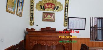 Bàn thờ gỗ tại Quảng Bình