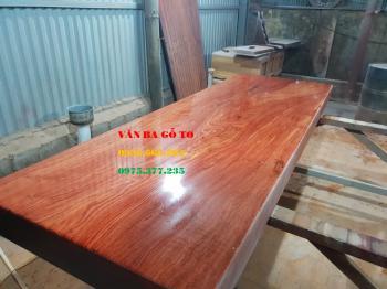 Mặt bàn ăn gỗ nguyên khối tại Hải Phòng
