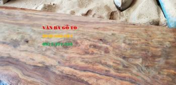 Mặt bàn nguyên tấm gỗ Lim vân đẹp tự nhiên